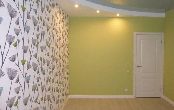 Поклейка шпалер на стіни і